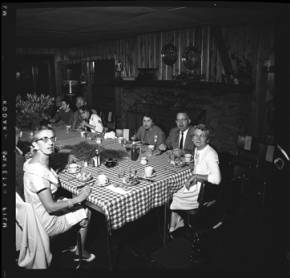 item thumbnail for Lake Coeur D'Alene (Idaho), people having dinner, 1959 [4]