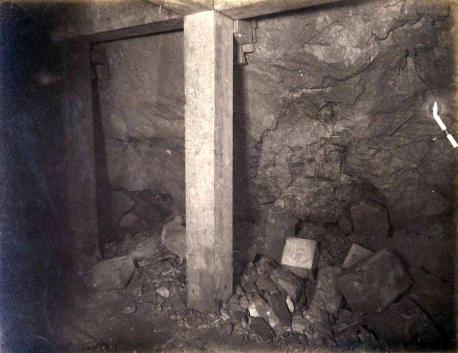 item thumbnail for High Ore Mine 200 ft. level East [no. 1208]