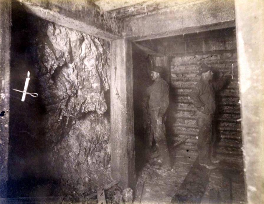 item thumbnail for Anaconda Mine 1000 ft. level West [no. 1168]