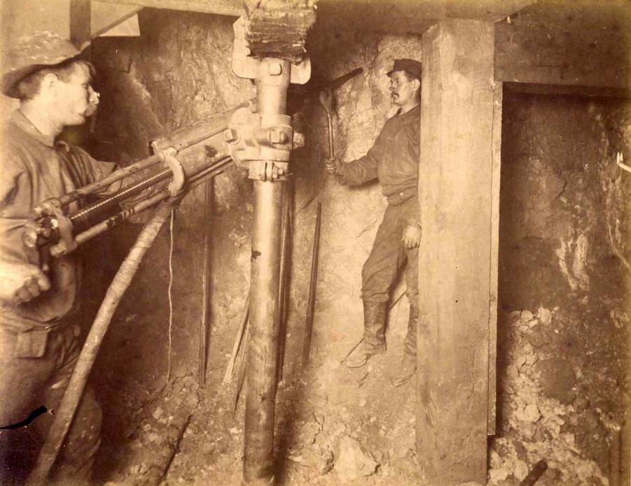 item thumbnail for Mountain Consolidated Mine 400 ft. level East [no. 1241]