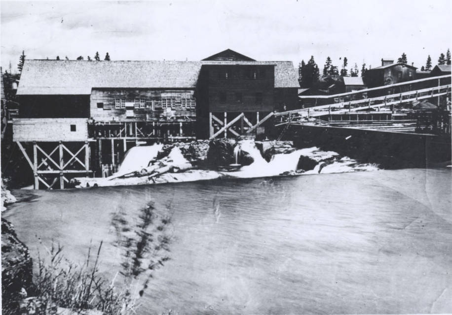 item thumbnail for Idaho Lumber and Manufacturing Company Sawmill