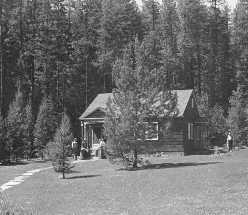 &#34;The cottage at Priest River Field Laboratory used by the station superintendent or by one of the married techincal employees.&#34;<br&gt;209