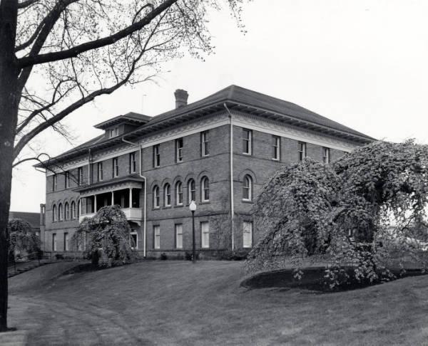 Ridenbaugh Hall